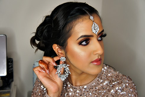 Click to go to Occasion Makeup Services